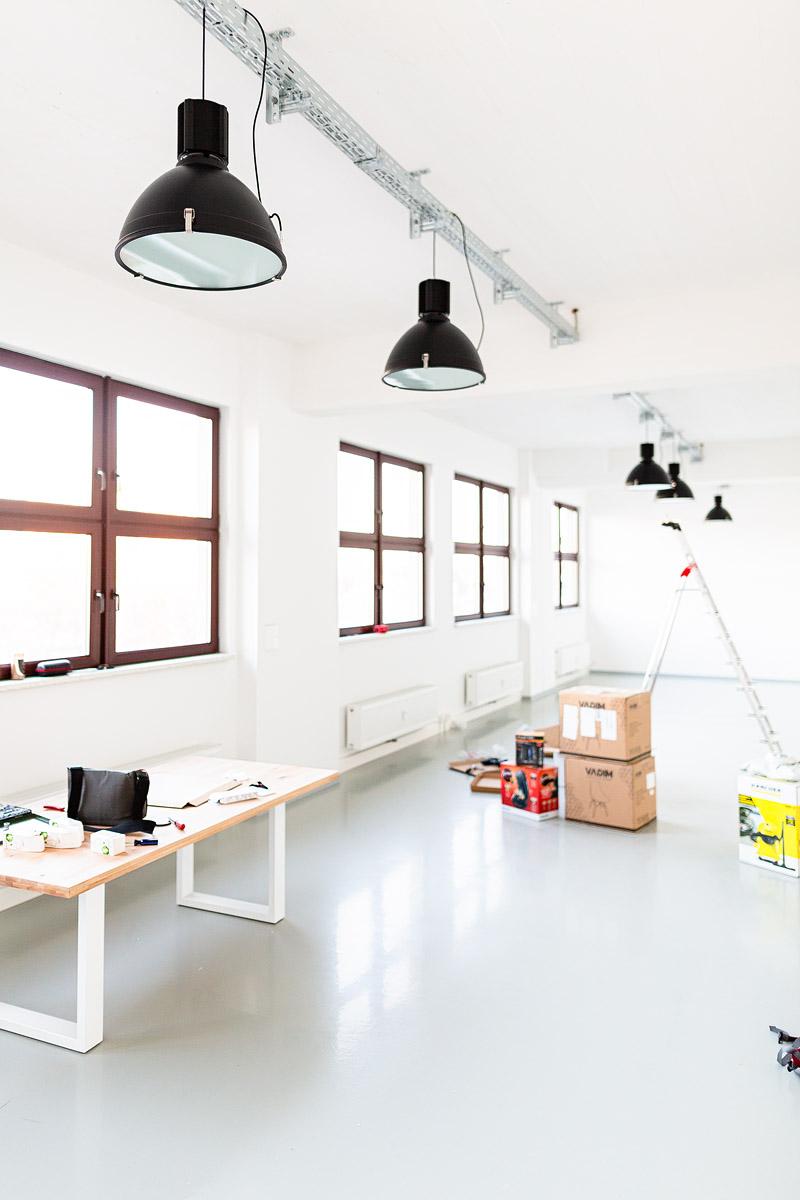 Fotostudio dresden, mietstudio dresden, veranstaltungsraum dresden, seminarraum dresden, lampen-1